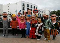Del desfile tradicional a las batucadas y comparsas...