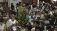 Entrega de ofrendas. Virgen de Candelaria 2012 (Cagua-Venezuela)